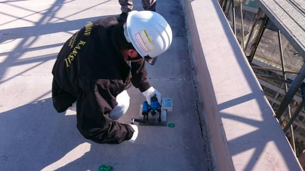 屋上防水塩ビシー機械固定工法